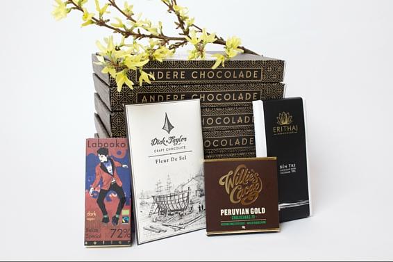 De Crazy in Love box van Andere Chocolade. Met repen van Zotter, Erithaj, Dick Taylor en Willie's Cacao.